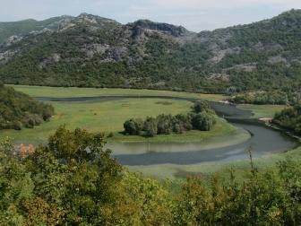 Der Fluss Crnojević